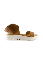 Ateliers  Beonce Sandals - Side cropped