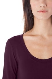AtoZ 3/4 Sleeve Scoop - Side cropped