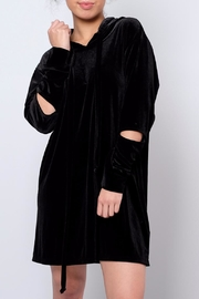 Audrey 3+1 Oversized Velvet Hoodie - Front cropped