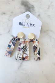 Mod Miss Jewelry  Autumn Floral Stud Earring - Product Mini Image