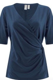 Aventura Passage Elbow Sleeve Top - Front cropped