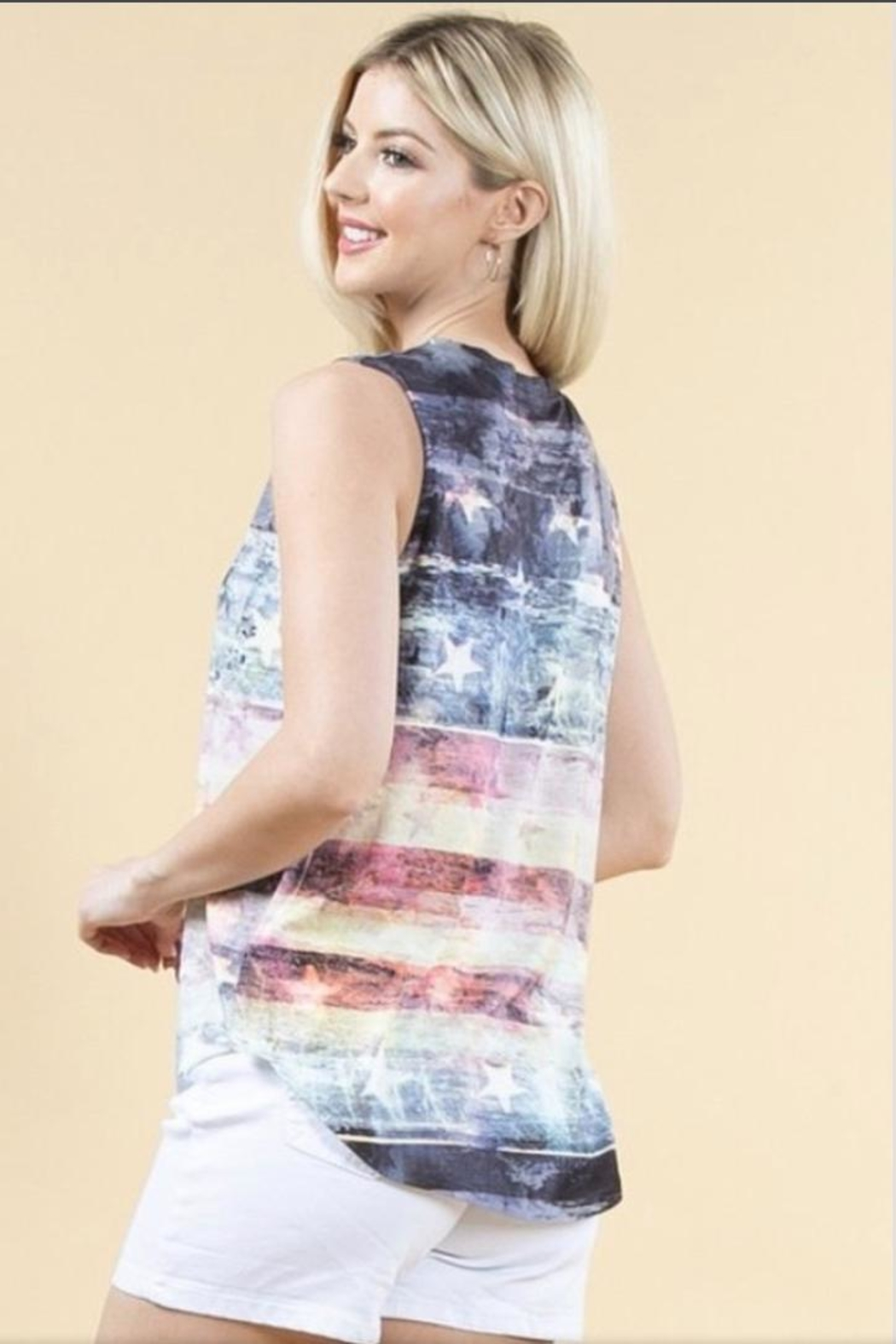 Avery Rowan Art Flag Print Top - Front Full Image