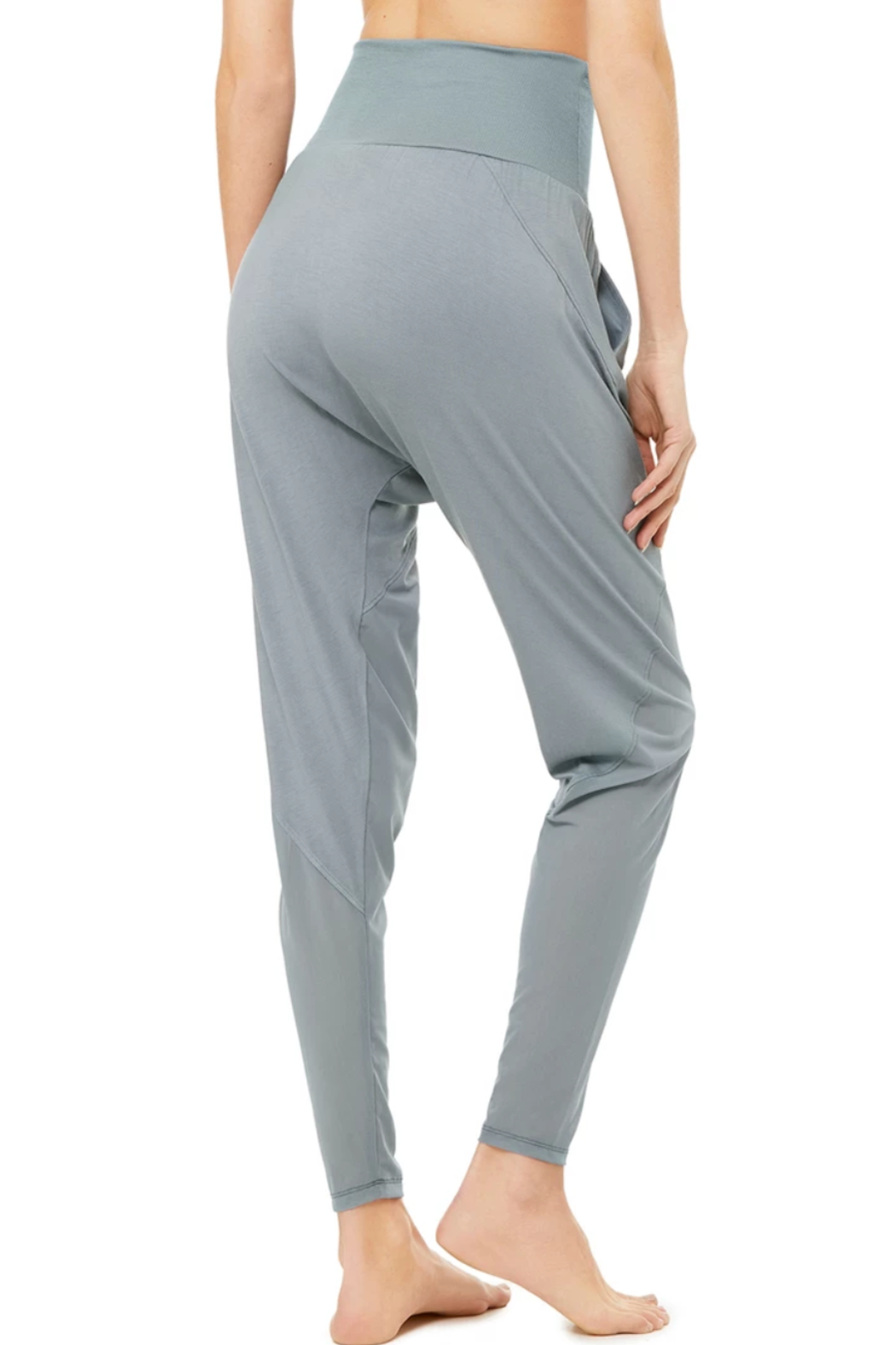 ALO Yoga Axis Pant - Side Cropped Image
