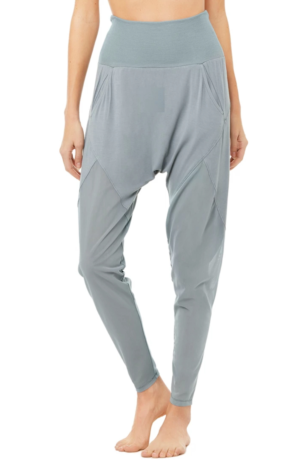 ALO Yoga Axis Pant - Front Cropped Image