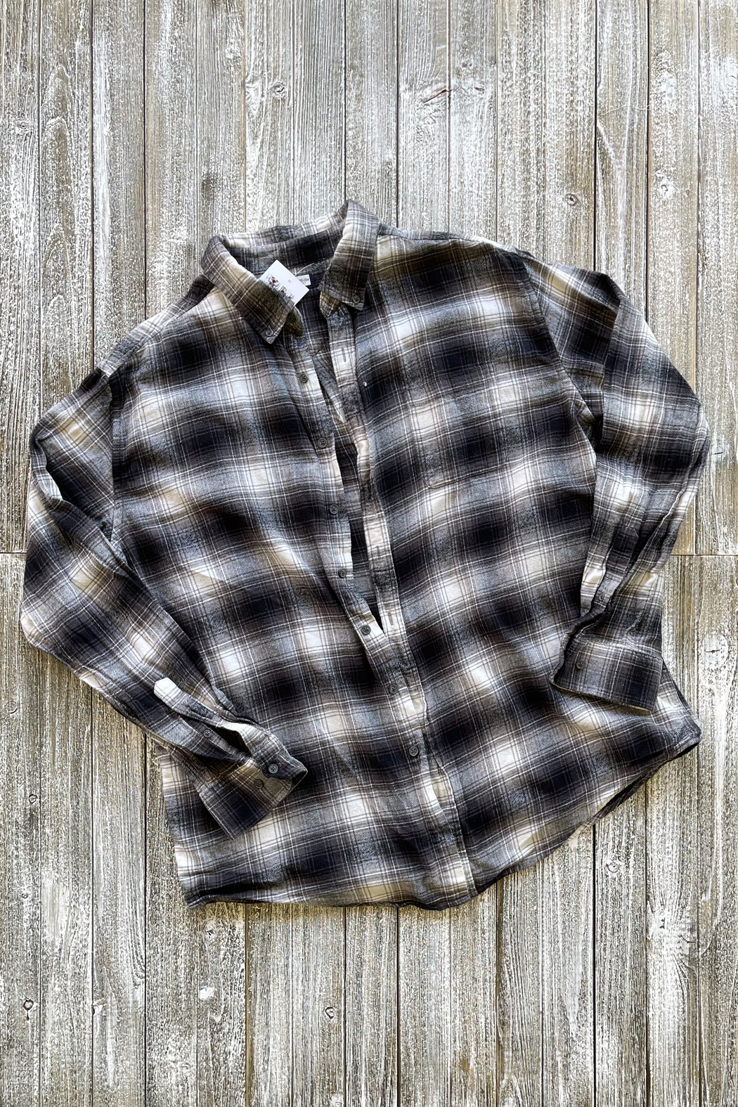 Soulstice B&W Flannel shirt w White Lips - Front Full Image