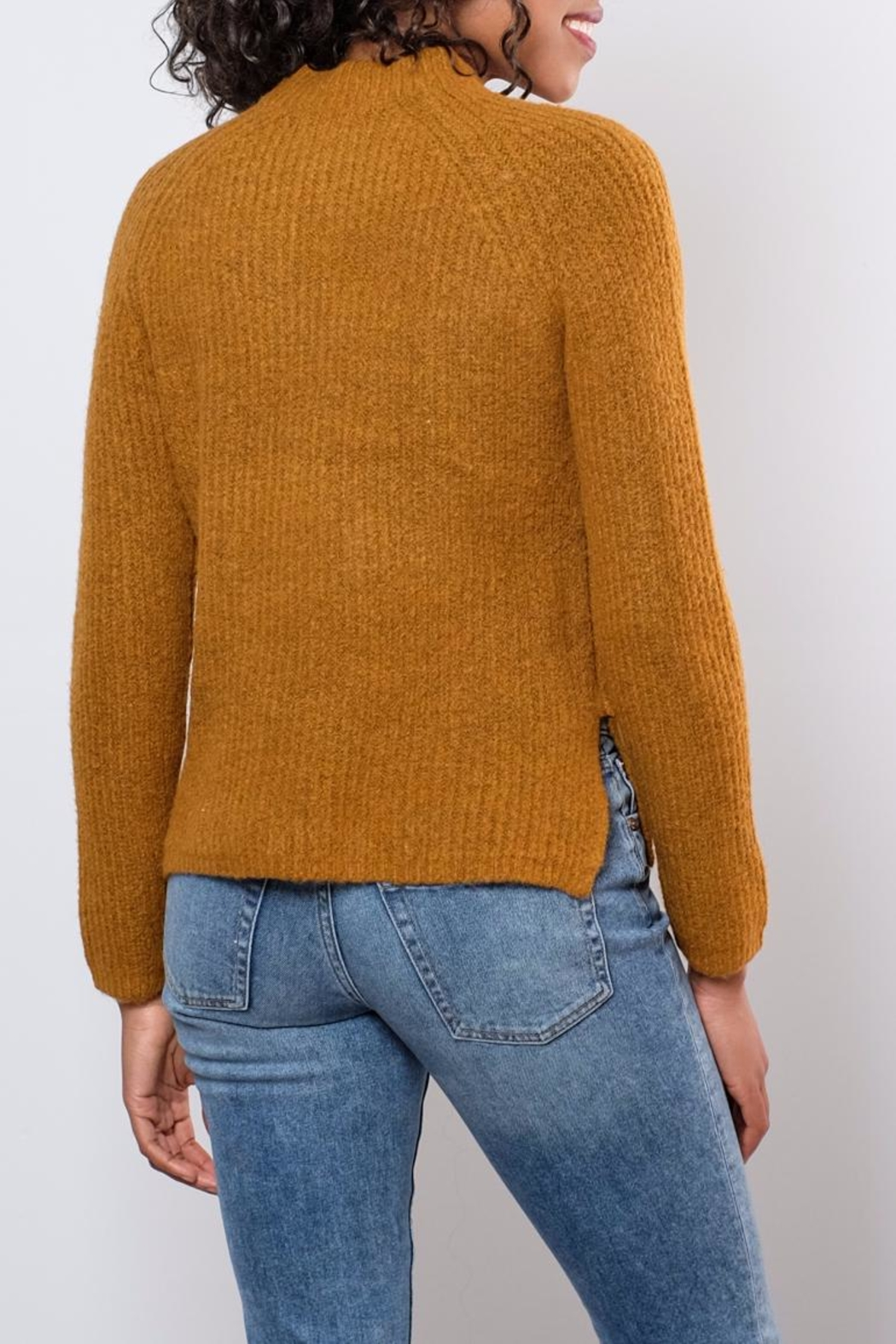 B.young Plush Sweater - Side Cropped Image