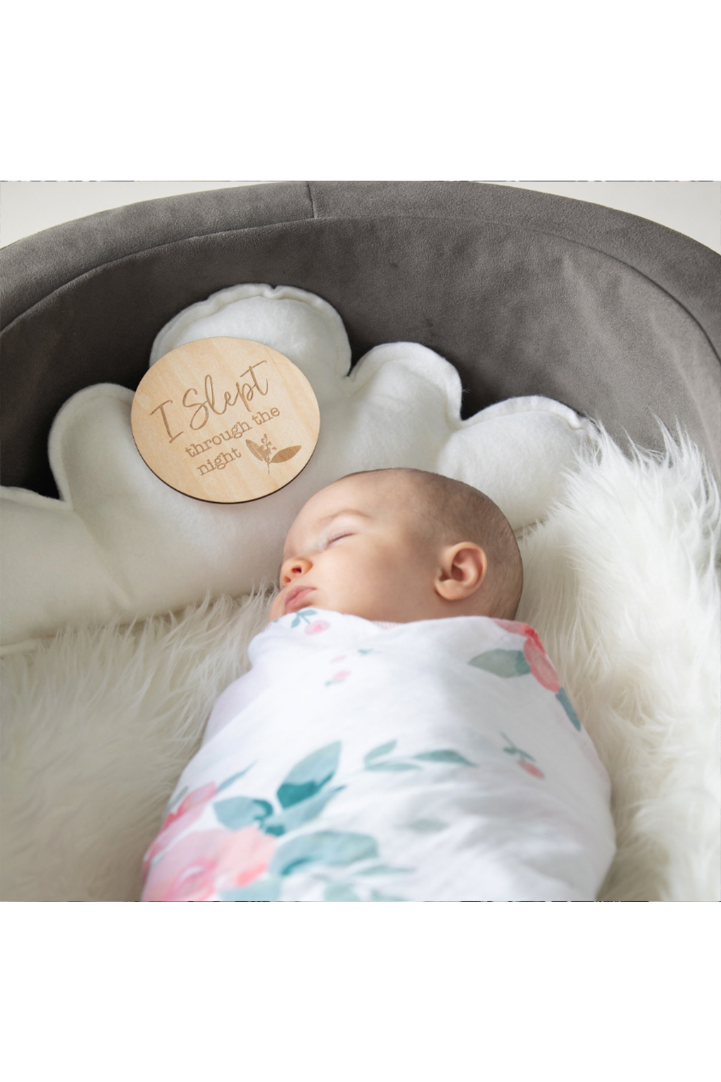 bebe au lait Baby's First Milestone Moments Set - Side Cropped Image