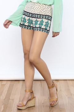 Bacio Beige Printed Shorts - Product List Image