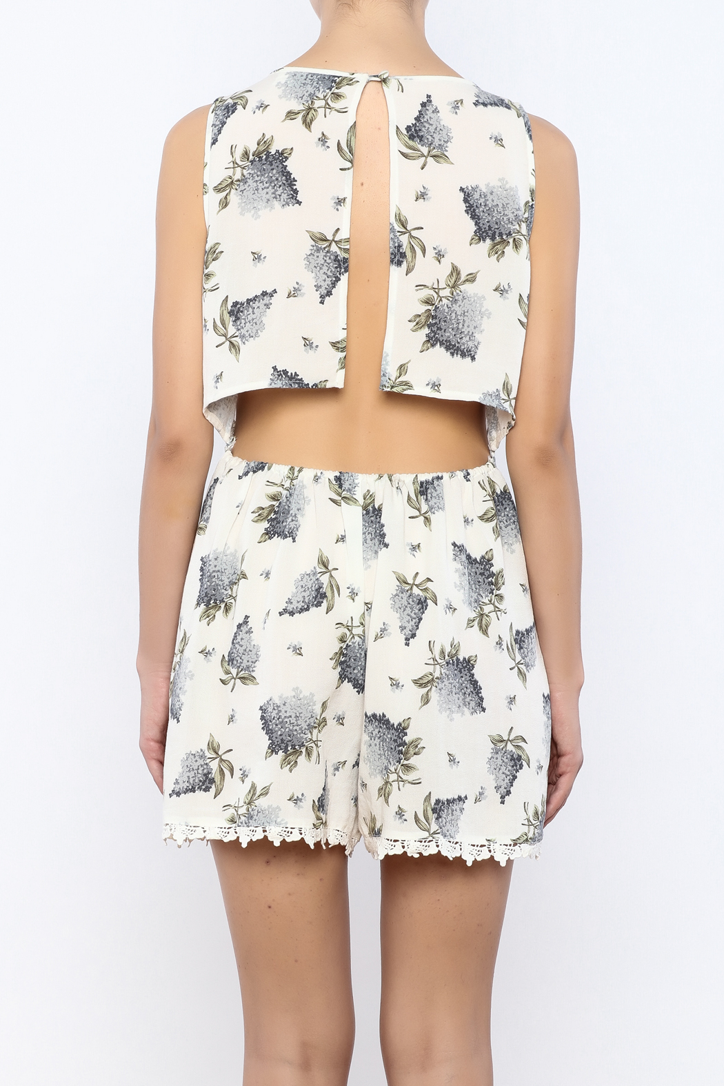 Bacio Floral Printed Romper - Back Cropped Image