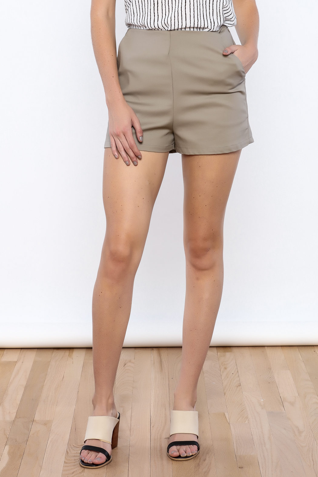 Bacio High Waisted Shorts - Front Cropped Image