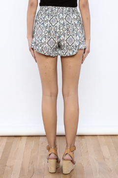 Bacio Lavender Shorts - Alternate List Image