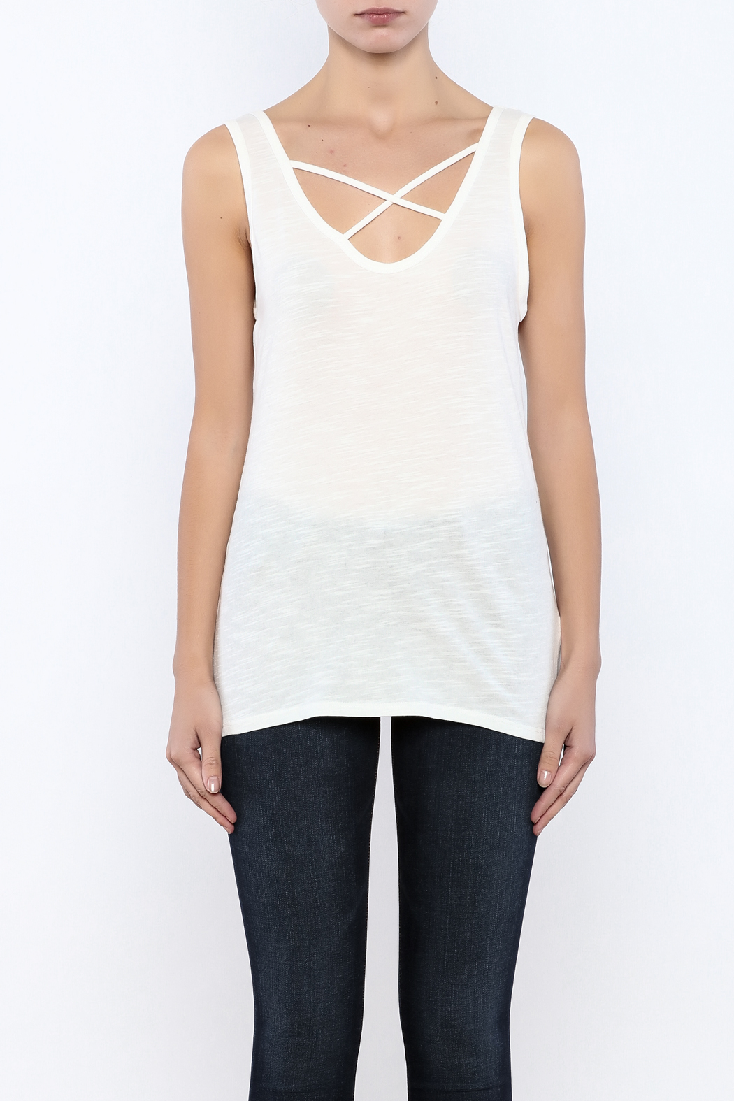 Bacio Scoop Neck Tank - Side Cropped Image