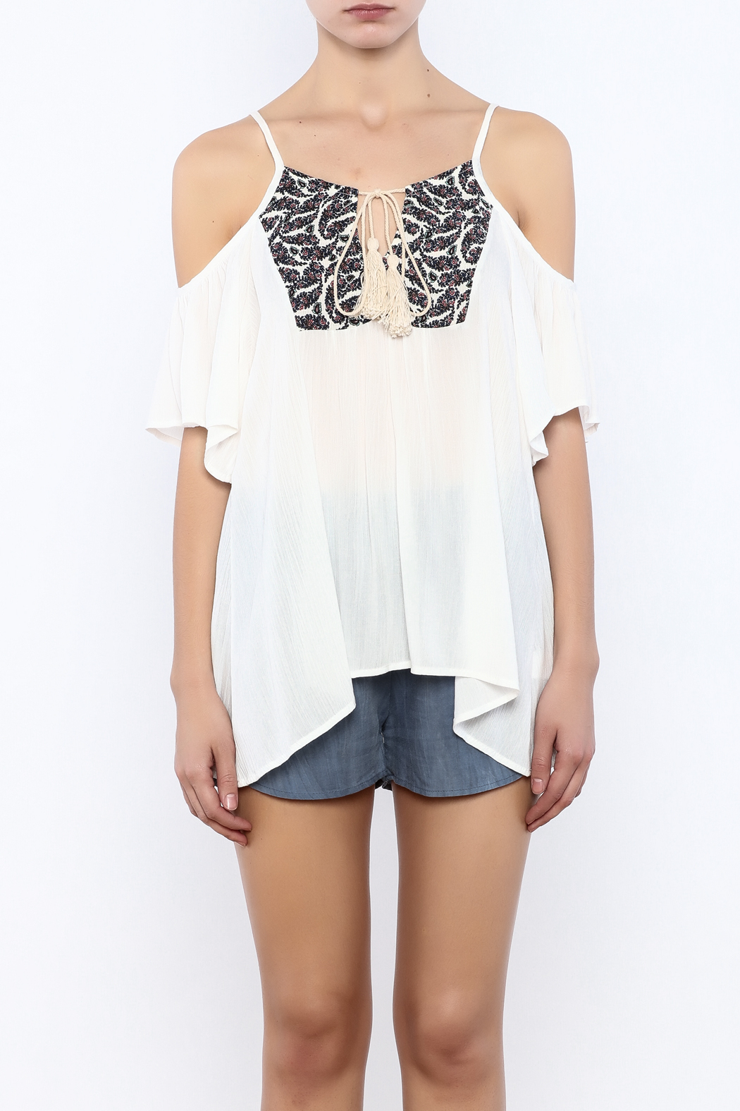 Bacio White  Top - Side Cropped Image