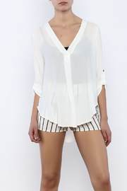Bacio White Top - Front cropped