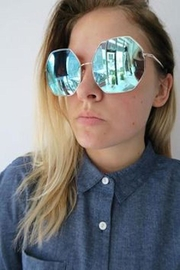 Quay Australia Bae Sunnies Blue/gold - Product Mini Image
