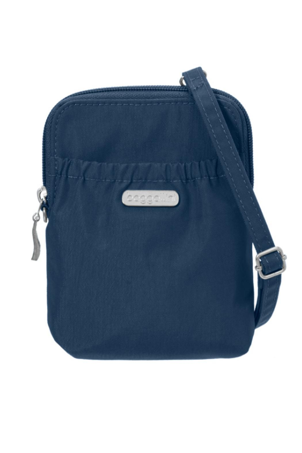 Baggallini Bryant Pouch - Front Cropped Image