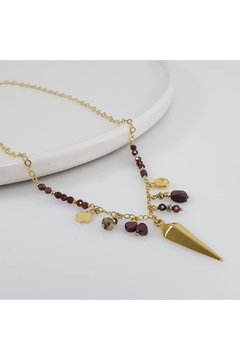 Baggis Accesorios Garnet Necklace With Triangle Pendant - Product List Image