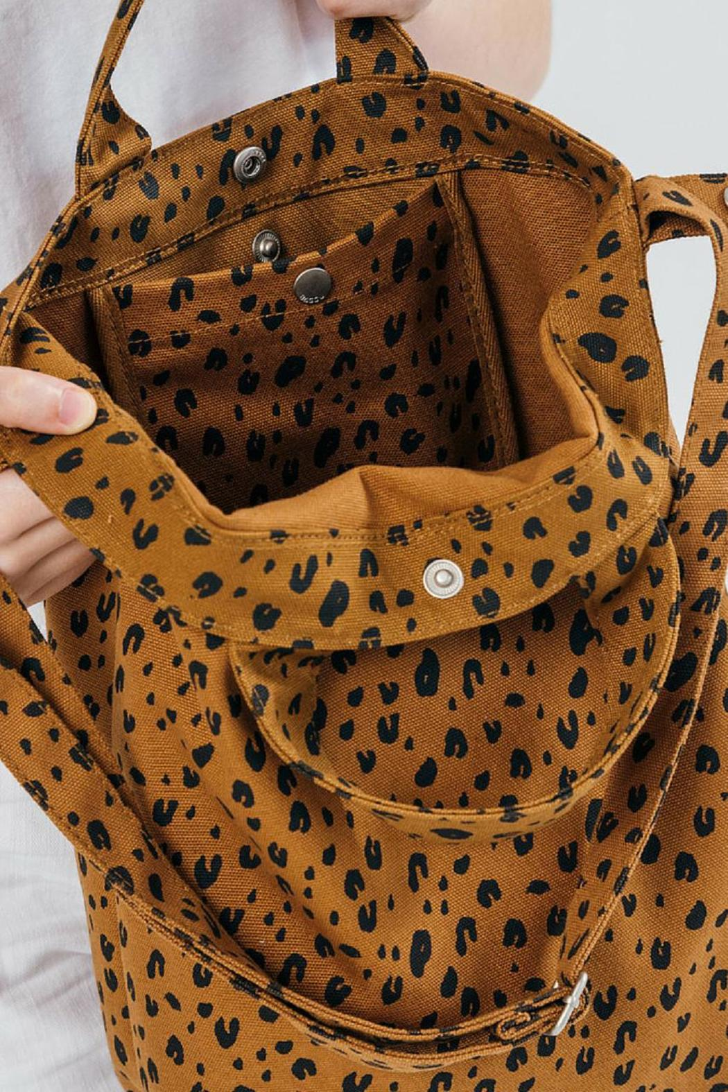 Baggu Duck Leopard Bag From Rhode Island By Barrecoast