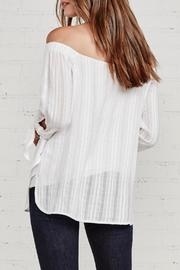 Bailey 44 Yarrow White Top - Side cropped