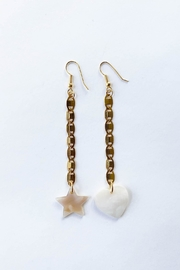 Aioty Bali Earrings Shell - Product Mini Image