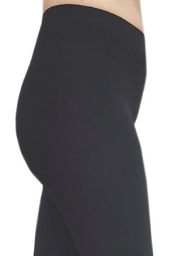 Bali Legging With Cut Out Detail - Alternate List Image