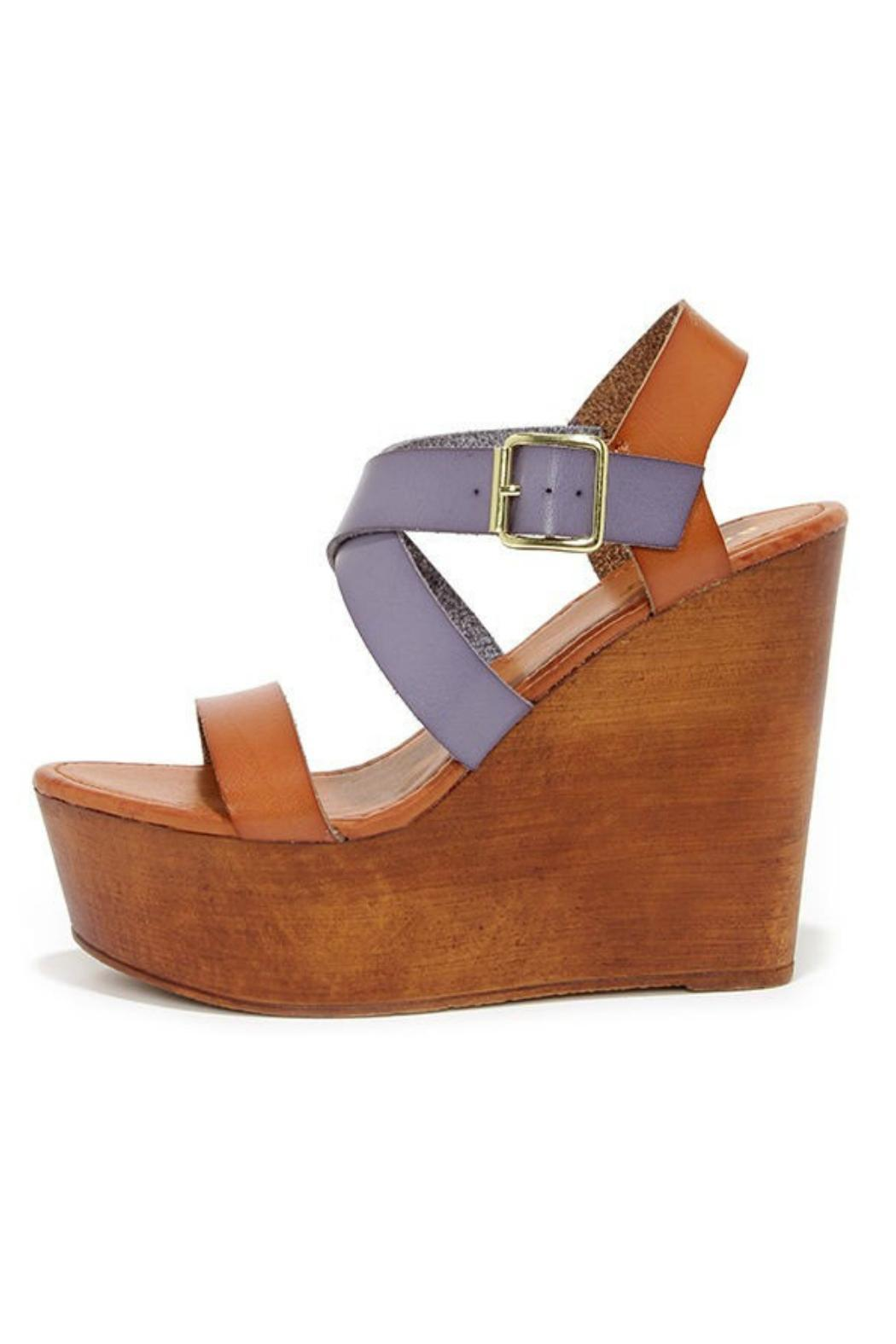 bamboo blue wooden wedges from atlanta by couture