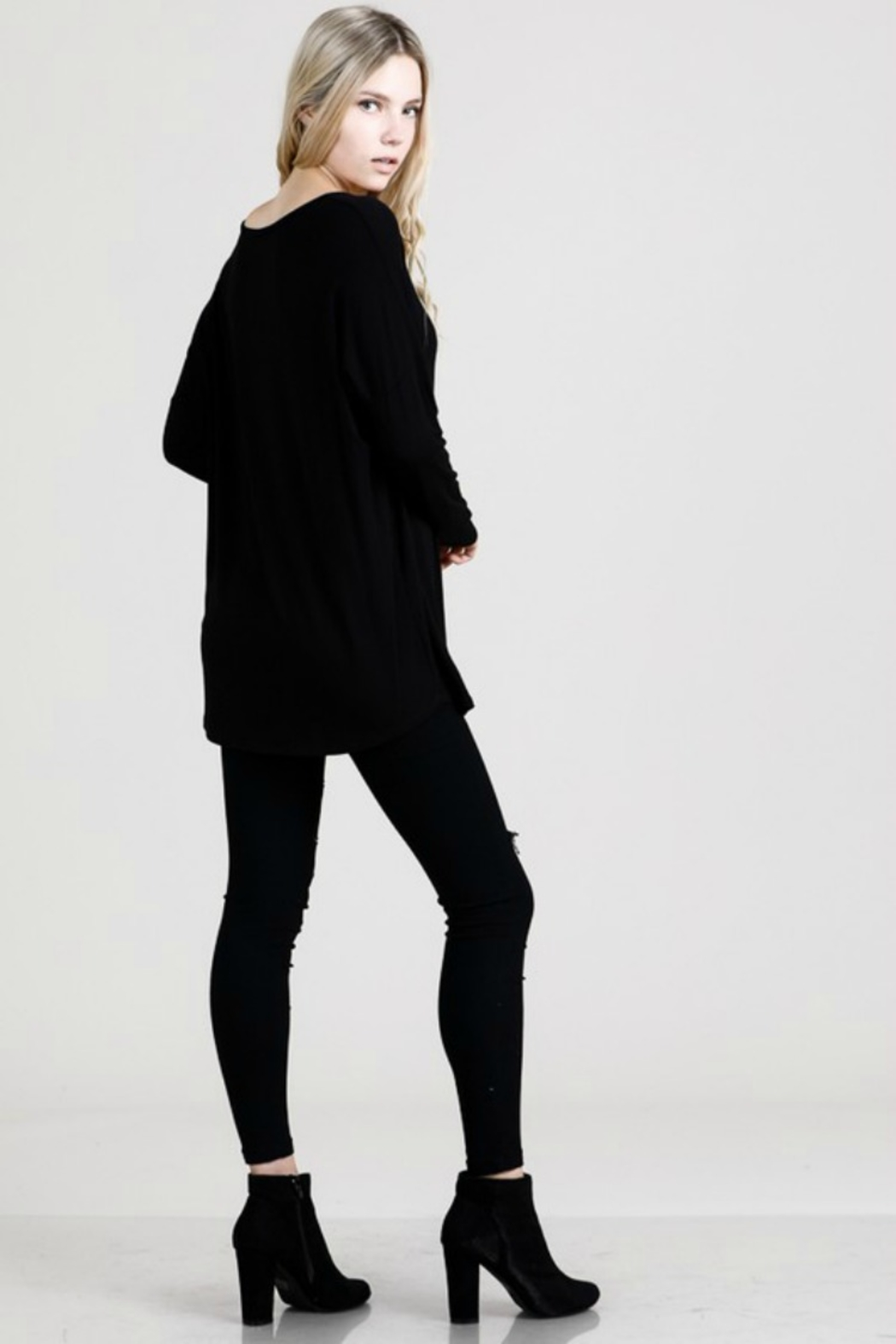 Emma's Closet BAMBOO CRISS CROSS L/S - Side Cropped Image