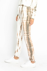 Olivaceous  Bamboo Tie Dye Joggers - Side cropped