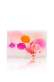 Maui Soap Company Bar Soap: Hibiscus Berry - Front cropped