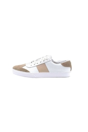 Kaanas Barcelona Sneaker - Front cropped