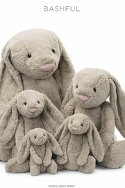 Jellycat Bashful Beige Bunny Medium - Product Mini Image