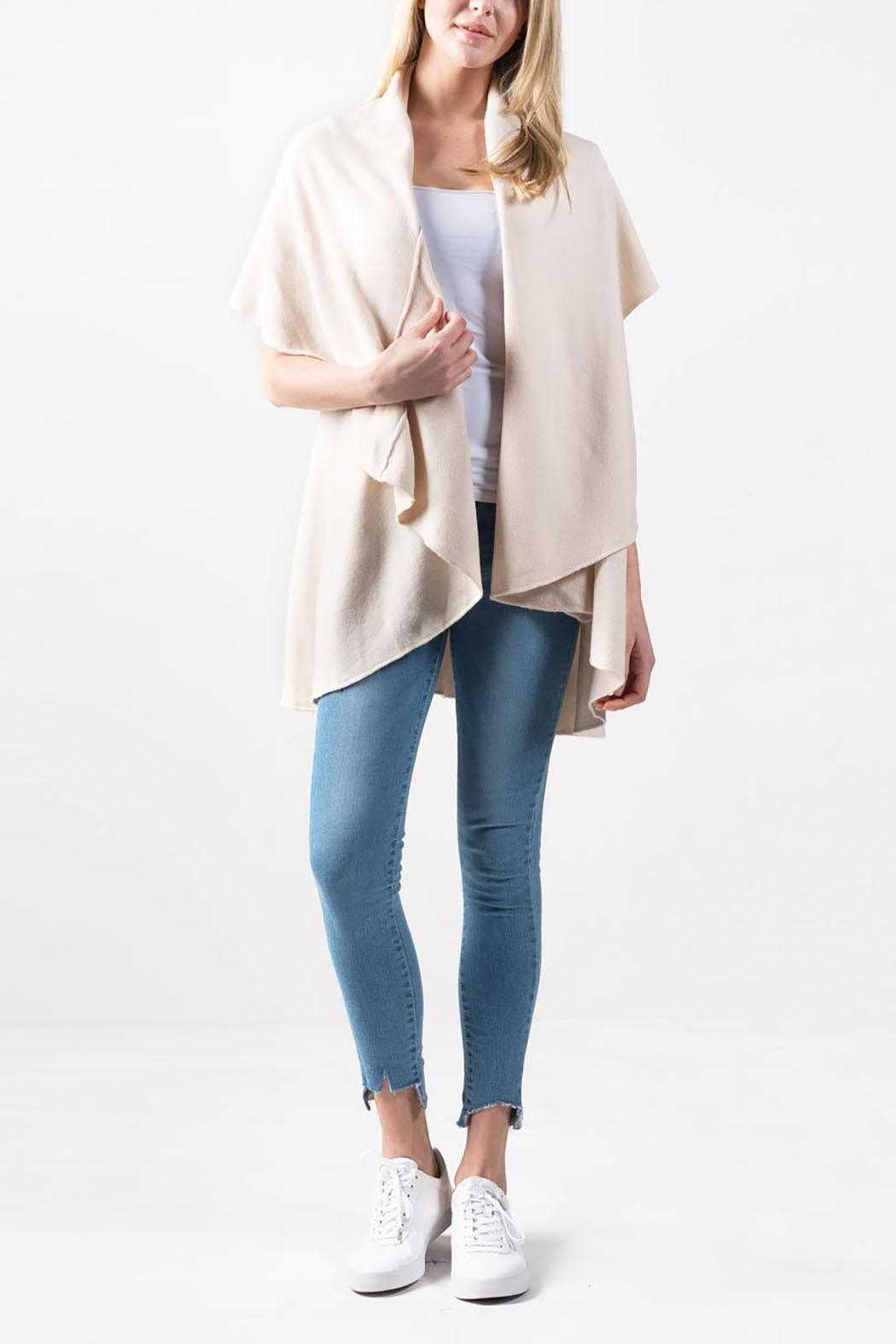 Look by M Basic Shawl Vest - Front Cropped Image