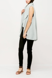 Look by M Basic Shawl Vest - Back cropped