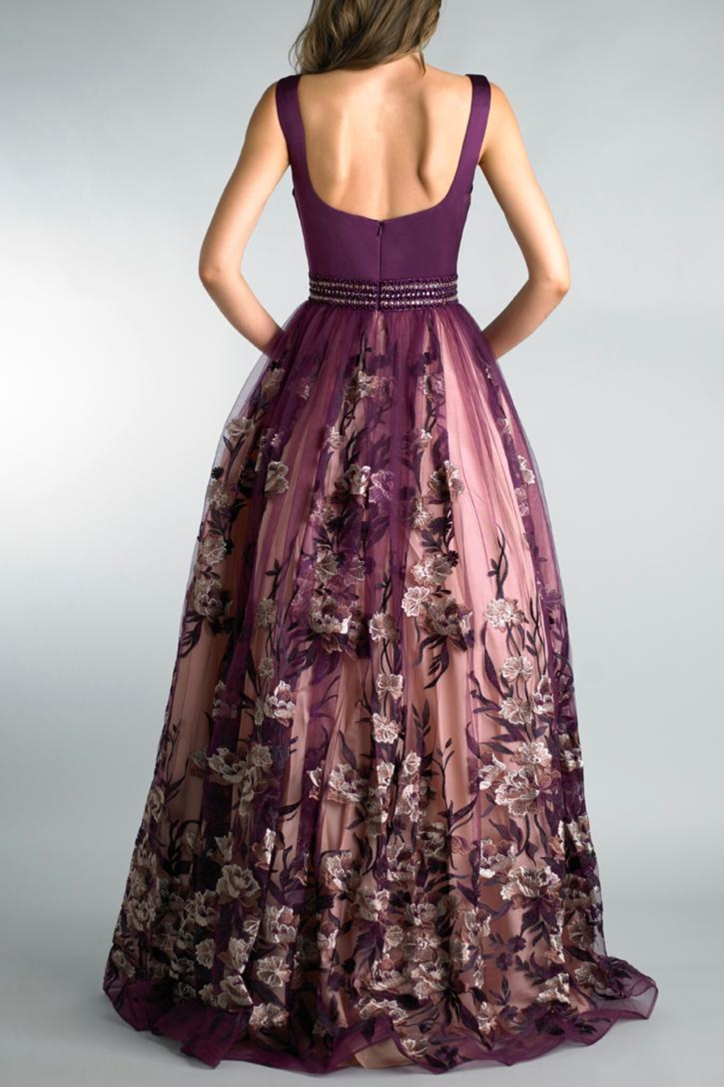 Basix Sleeveless Evening Gown - Side Cropped Image