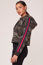 BB Dakota Camo Pullover - Front full body