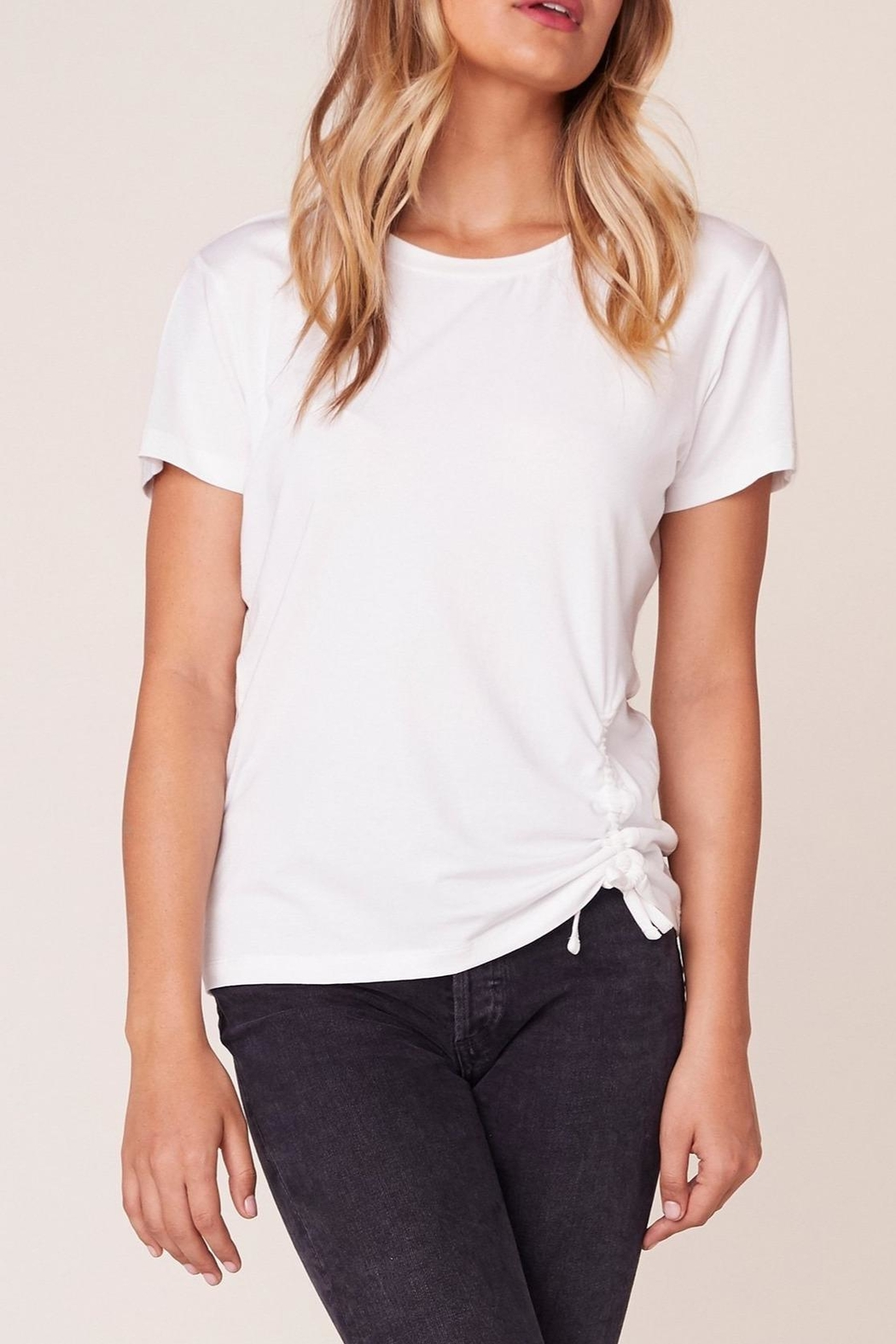 BB Dakota Cinch-Me Ruched-Side T-Shirt - Front Cropped Image