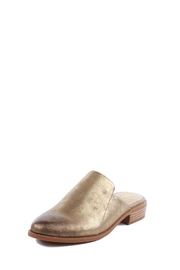 BC Shoes Gold Distressed Slide - Front cropped