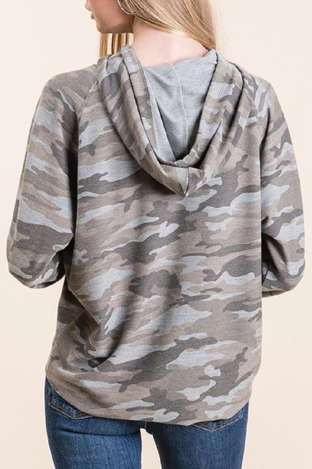Be Cool Camo Soft Hoodie - Side Cropped Image