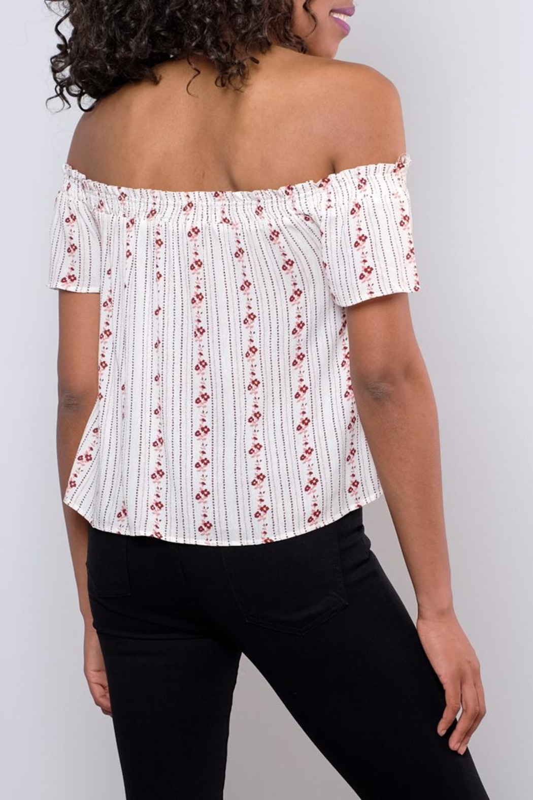 Be Cool Off-Shoulder Floral Top - Back Cropped Image