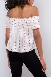 Be Cool Off-Shoulder Floral Top - Back cropped