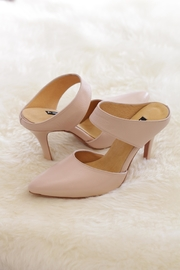 Be Mae Shoes Ann Leather Heels - Front cropped