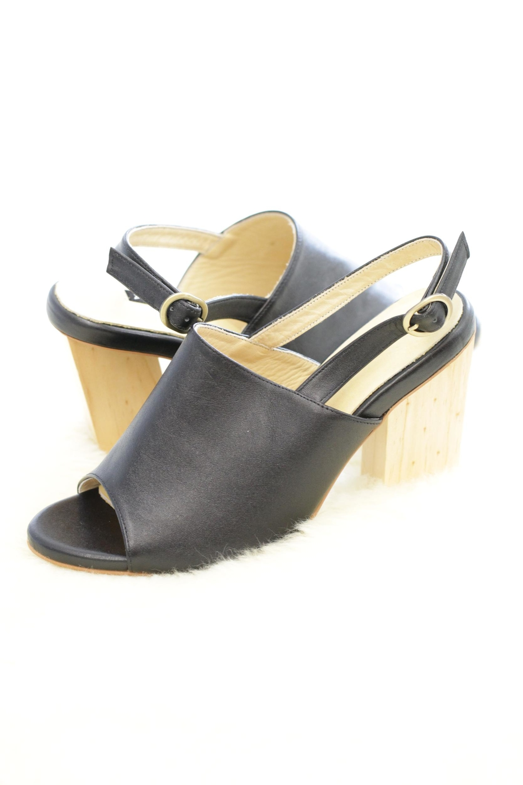 Be Mae Shoes Alex Wooden Heel - Front Cropped Image