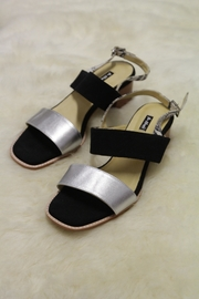 Be Mae Shoes Stacey Leather Sandals - Front cropped