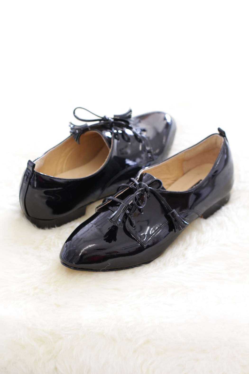 Be Mae Shoes Tehya Leather Flats - Front Cropped Image