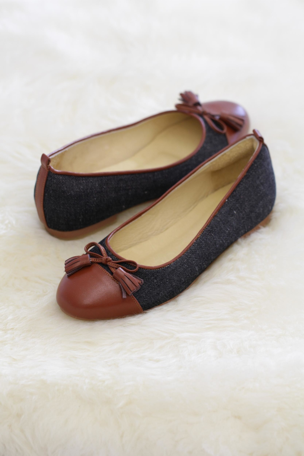 Be Mae Shoes Vanza Handmade Flats - Front Cropped Image