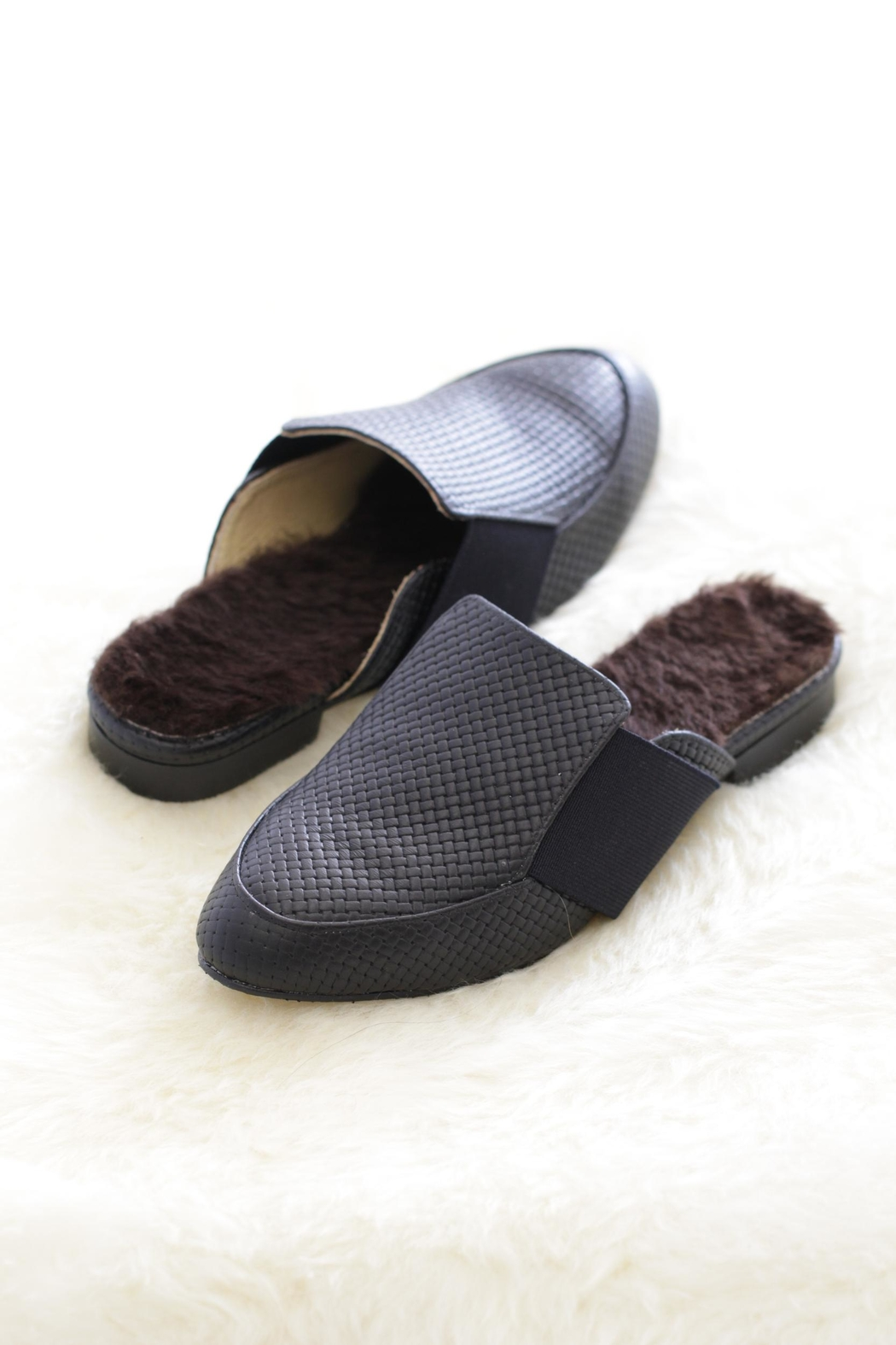 Be Mae Shoes Zaan Fur Sandals - Front Cropped Image