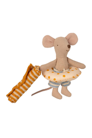 Maileg Beach Mice - Little Brother In Cabin De Plage - Side cropped