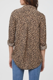 beachlunchlounge Animal Print Shirt - Front full body