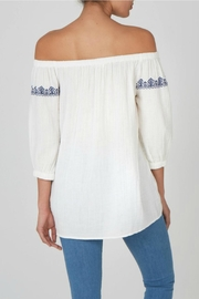 beachlunchlounge Off Shoulder Top - Front full body