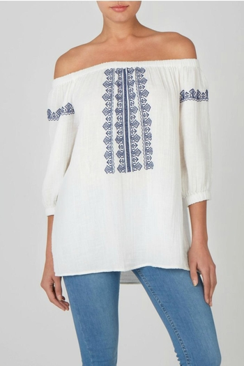 beachlunchlounge Off Shoulder Top - Main Image